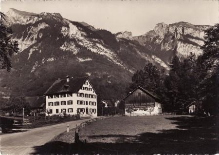 Sennwald Foto Gross, St. Gallen, Nr. 23711 _RU
